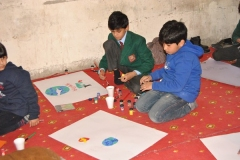 """EYA conduct \""""Art for Peace\"""" activity"""